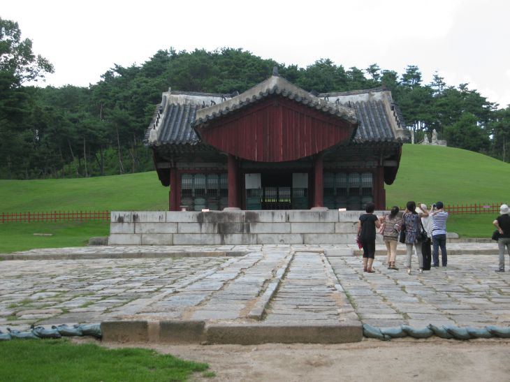 KOREA04.jpg